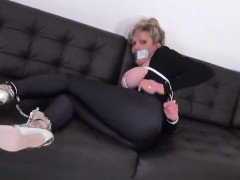 Adulterous english milf lady sonia reveals her enormous knoc