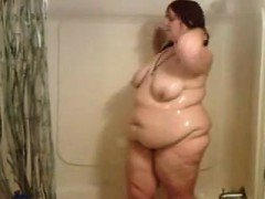 Mature bbw in the shower Ophelia from dates25com