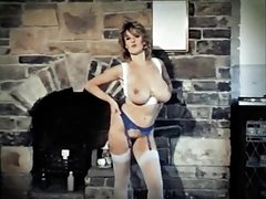 RELAX - vintage 80's big tits striptease dance natural boobs