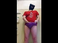 CUM AND PISS IN PANTIES WHILE WATCHING VR PORN