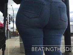 BBW NO PANTIES IN JEANS THIGHS AZZ AND CAMEL TOE