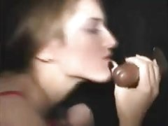 Amateur takes BBB in the gloryhole for oral creampie