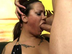 Breanna gives close up of extreme oral