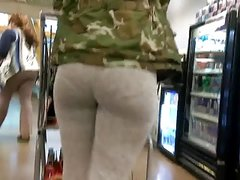 Bubble booty VPL in grey leggings