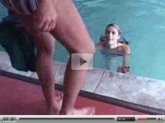 Skinny girl at the pool gives some head