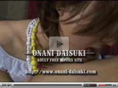 Japanese girl deepkiss and handjob