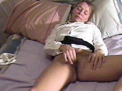 Chick masturbates and cums twice i Carita from dates25com