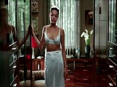 Angelina Jolie Sexy Scene in MR and MRS  SMITH - Pornmoza