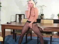 Astonishing solo girl fingers pussy through taut pantyhose