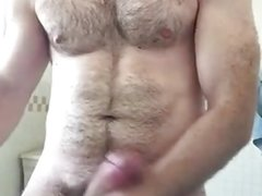 Hot hairy man jerks off in bath