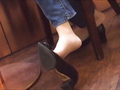 Candid Asian Extreme Shoeplay Dangling in Nylons