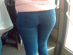 Big ass teen in bus