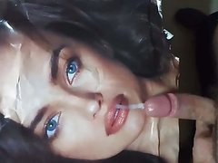 cun on IrinaShayk beautiful lips