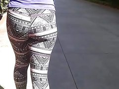 Small ebony booty in leggings