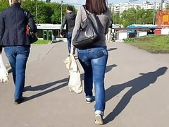 Cutie girl with big ass in bus stop