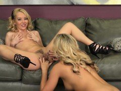 Blonde Babes Aaliyah and Alexis Takes Turns Licking Pussy