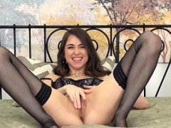Riley Reid in Stockings Makes Herself Cum with her Toy