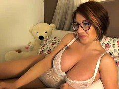 Huge Titty Webcam GIrl Rides Teddy Bear