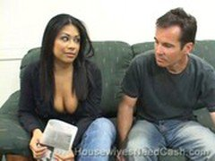 Cassandra Cruz sucks cock to get her ring out of hock!