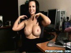 Milf Chatting on cam