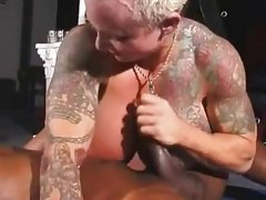 Busty Buff Babe gets pussy Eaten