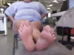 BBW With Gorgeous Soles And Toes