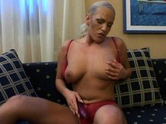 Herself in her room to pleasure herself with dildo