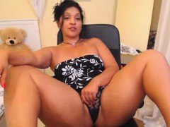 Big titted mature brunette masturbates