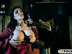 Big boobs evil queen Romi Rain anal pounded by John Doe