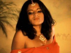 Bollywood Indian Babe Is Pure Beauty