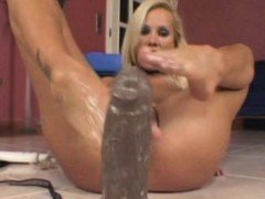 MILF foot fetish and dildo solo
