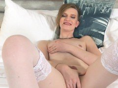 Smalltits tranny puts a buttplug in her ass