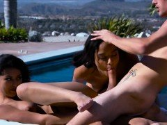 Maya Bijou and Sophia Leone share one cock in threesome