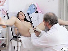 Lovely sweetheart and her doctor are having a fuck time