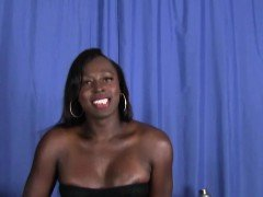 Amateur ebony tranny masturbating and cumming