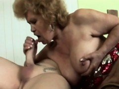 Delicious granny wants to get dirty