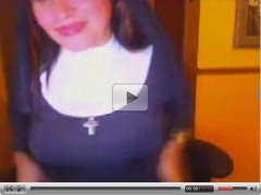 webcam nun flashing