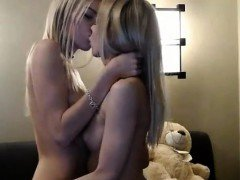 KillerTits babe sucks and rides her dildo sexyprivatecams