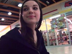 Perfect czech girl gets tempted in the hypermarket and fucke