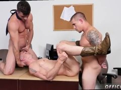 Young hung white fit muscular straight men