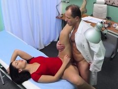 Pussyfucked patient enjoys drs examination