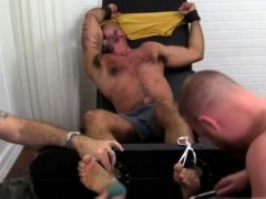 Gay porn free video xxx Alessio Revenge Tickled