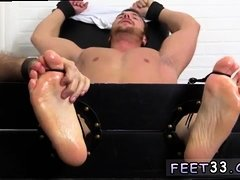 Sucking guy with very hairy legs and movie kiss hot feet