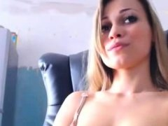 Sweet CamGirl  In Sexy Lingerie Plays Solo .avi