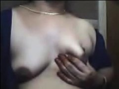 Mature Indian woman shows her body