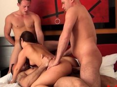 Playgirl comes to a casting to get her backdoor drilled