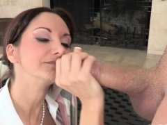 Nasty trio with mature mum and younger doxy