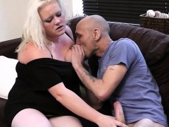 Blonde bbw riding his cock after pussy licking