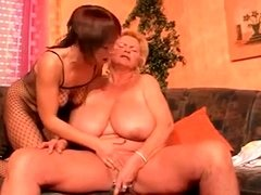 Fat lesbian bitch enjoys self masturbation