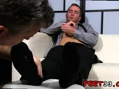 Teen foot gay Scott Has A New Foot Slave